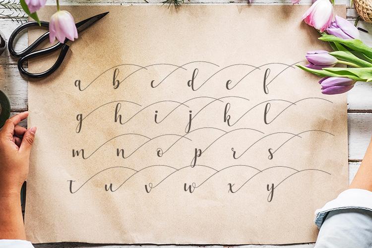 Alyshia Script example image 6
