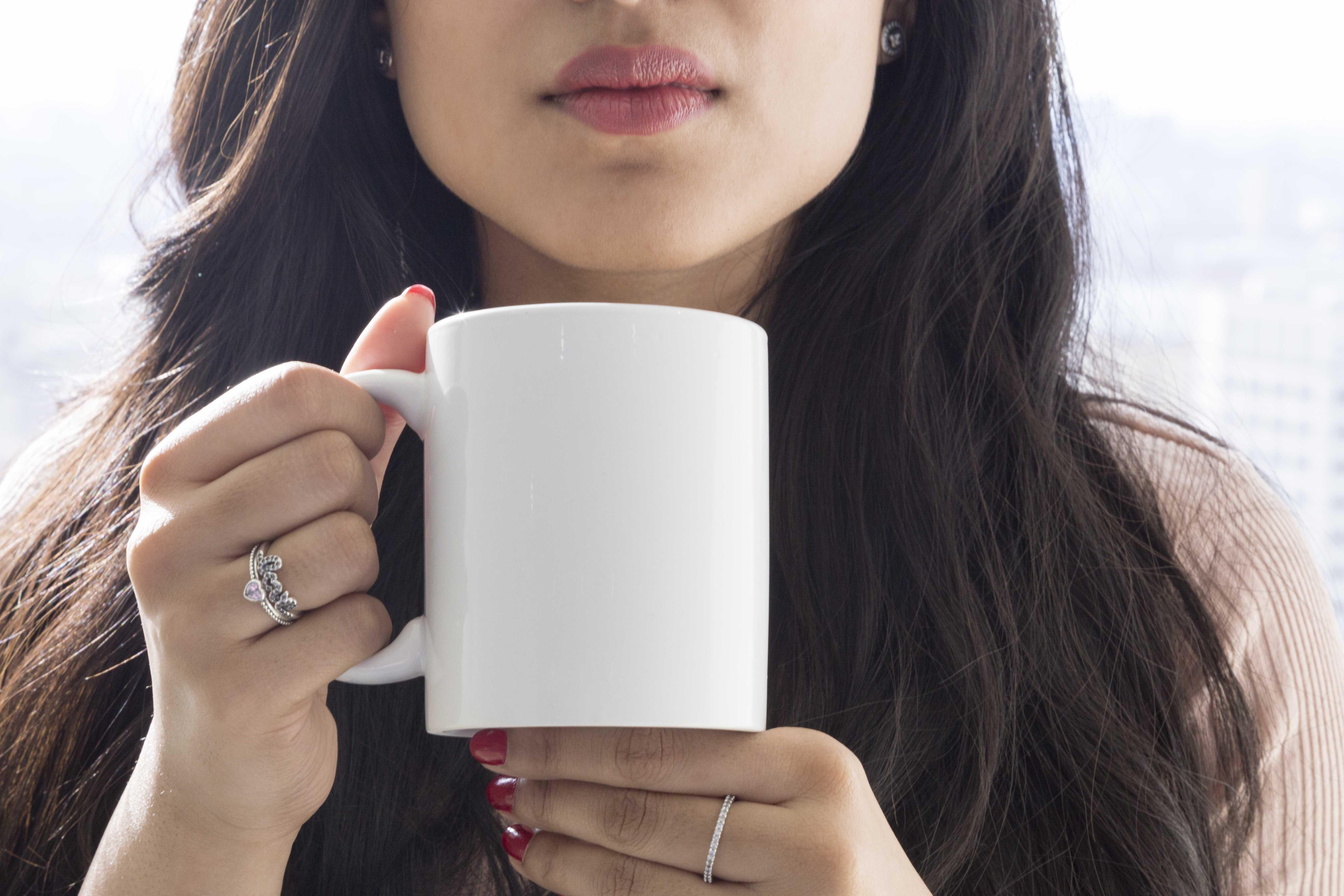 White mug mockup example image 1