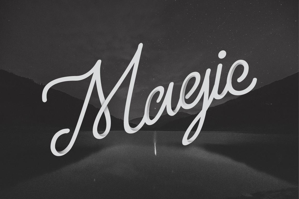 Larquette Typeface example 4