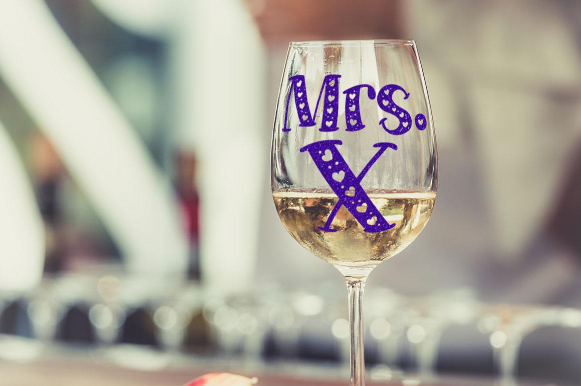 Big Sweetie - wine glass vinyl cutter decal monogram mockup idea