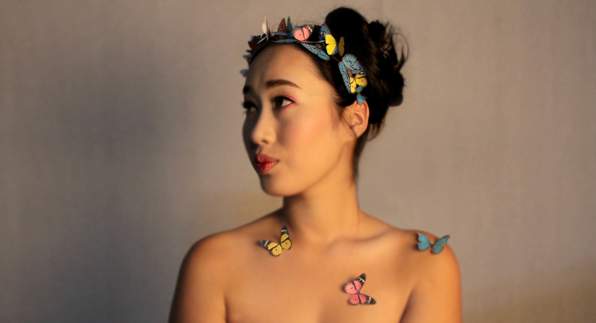 Butterfly girl vintage look example image 1