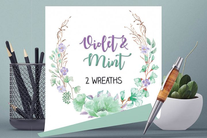 Watercolor wreath in violet and mint