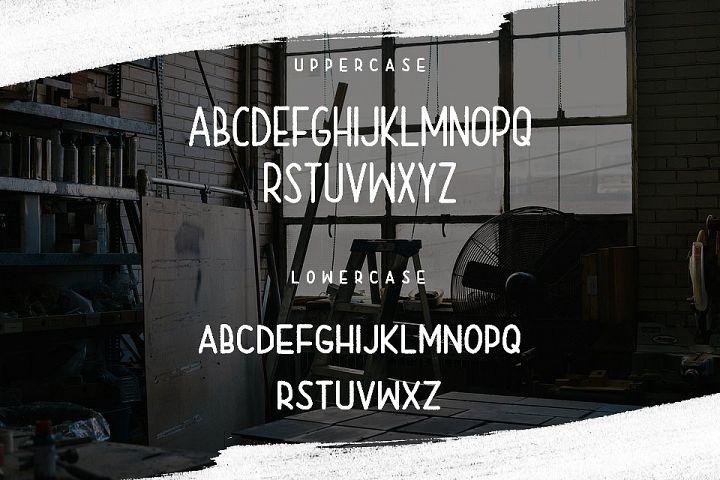 Rainday Typeface Font - Free Font of The Week Design 3