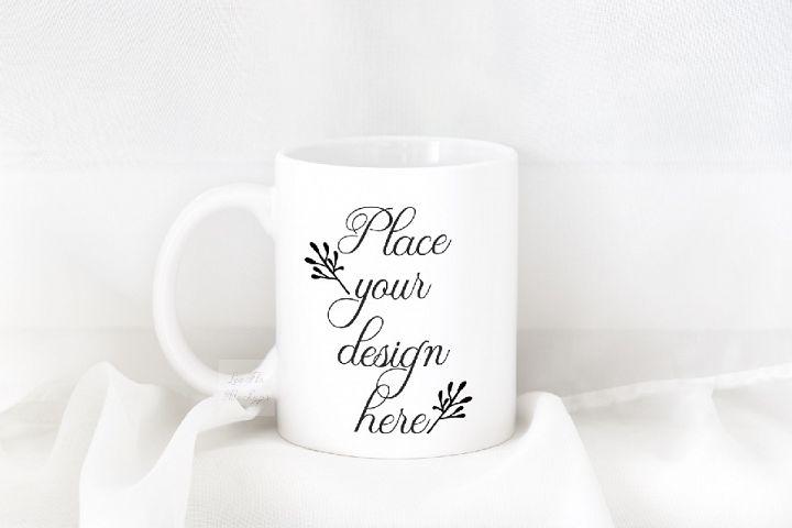Monochromatic coffee mug mockup white mug mock up 11oz cup mockups cup mock ups psd smart mug mock-up valentine wedding mugs mock-ups