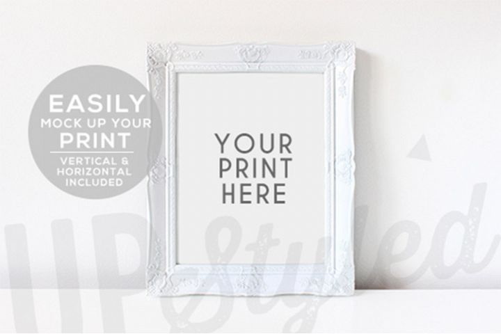 White and Gold Photo Frame F176