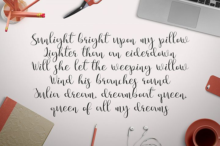 Julia's Dream - Free Font of The Week Design 2